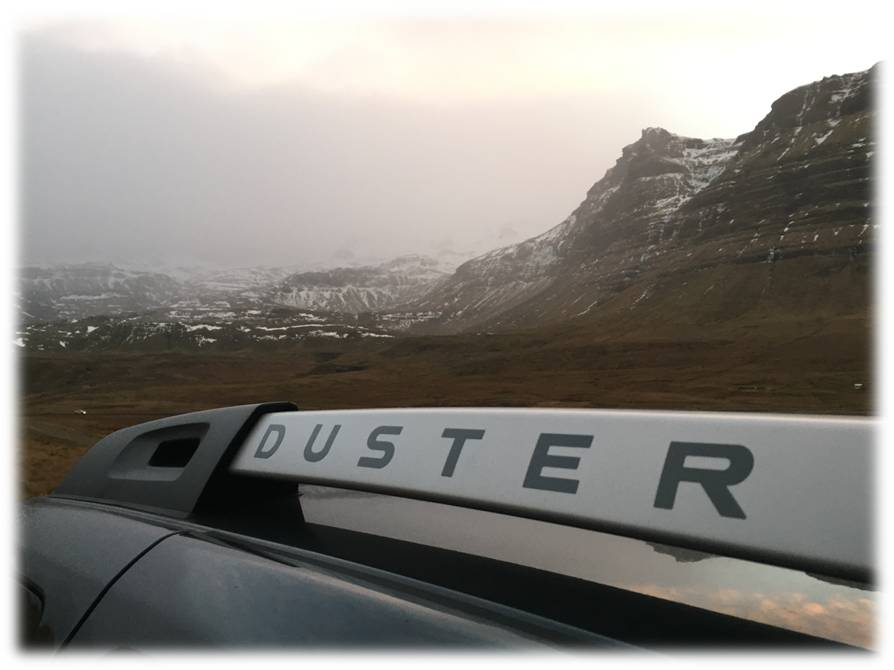 duster-roof-rail-fade