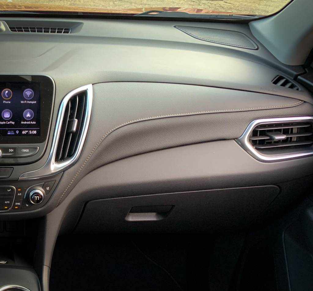 Chevrolet Equinox Dash panel