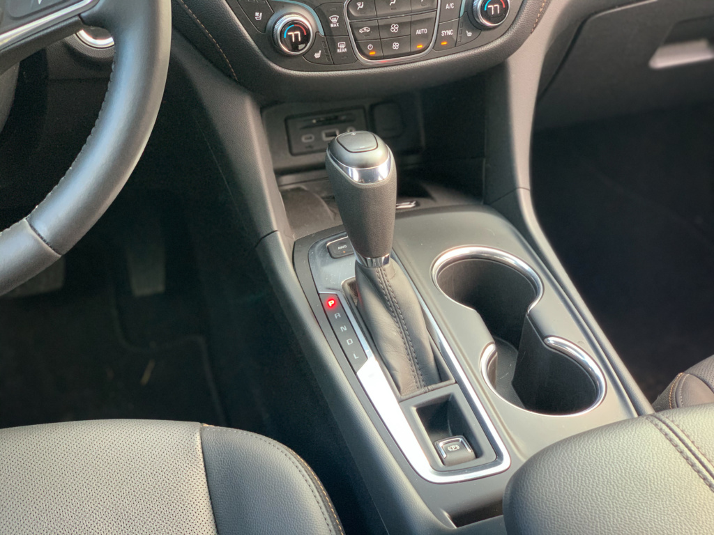 Chevrolet Equinox Shifter 9-speed automatic