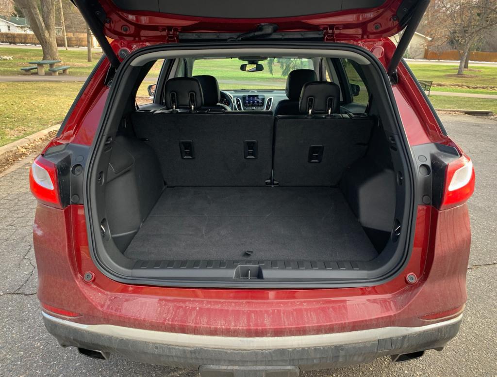 Chevrolet Equinox cargo
